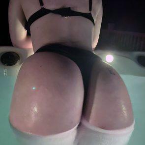 Wet Kitty nude hot fat ass