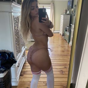 Wet Kitty Nude Photos and Leaked Blowjob Video 19