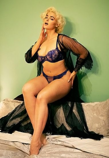 Stefania Ferrario Nude & Lesbian Pics And LEAKED Porn 125