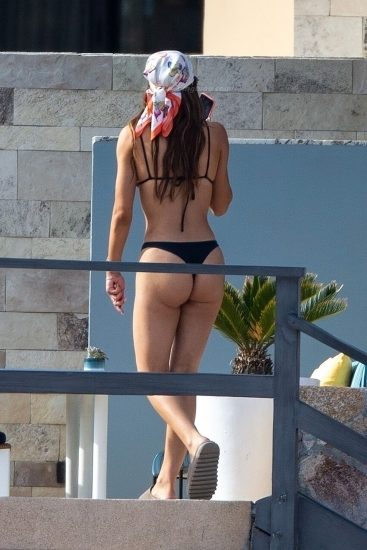 Amelia Gray HamlinNude Pics & LEAKED Porn With Scott Disick 30