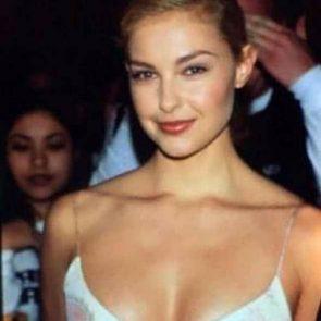 Ashley Judd Nude, Hot Pics, Porn Video and Sex Scenes 78