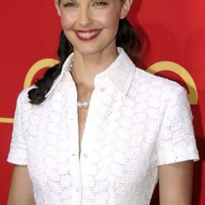 Ashley Judd Nude, Hot Pics, Porn Video and Sex Scenes 22
