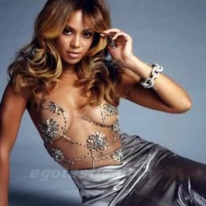 Beyonce Nude and Hot Pics & Leaked Porn Video [2021] 133