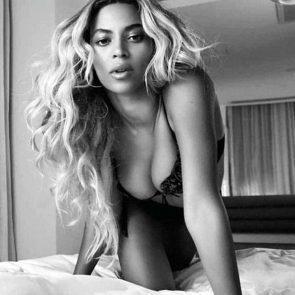 Beyonce nudeblack and white