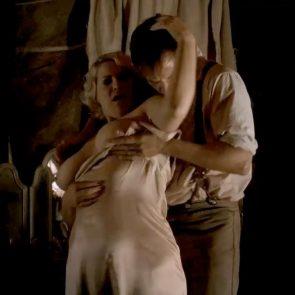 Cynthia Ettinger nude in Carnivale - S01E09 1