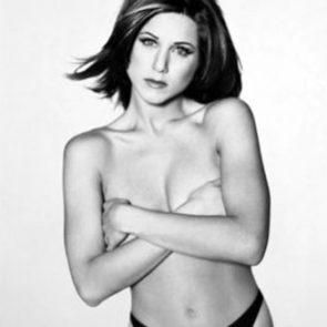 Jennifer Aniston Nude Pics, Porn and Sex Scenes [2021] 12