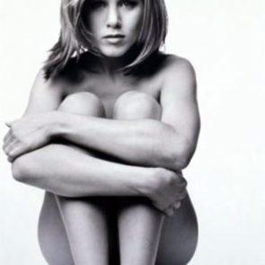 Jennifer Aniston Nude Pics, Porn and Sex Scenes [2021] 9