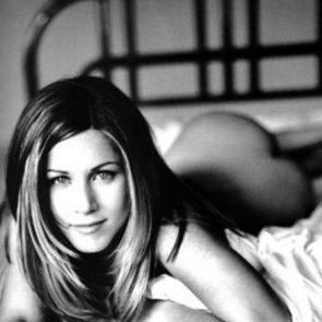 Jennifer Aniston Nude Pics, Porn and Sex Scenes [2021] 16