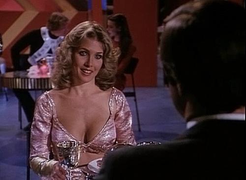 Kimberly Beck Nude Sex Scenes &Hot Pics 21