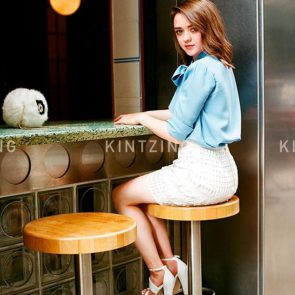 Maisie Williams Nude and Hot Pics & Porn Video [2021] 46