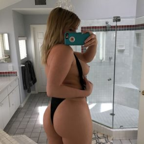 Zoie Burgher Nude Photos and Porn Video [2021] 3