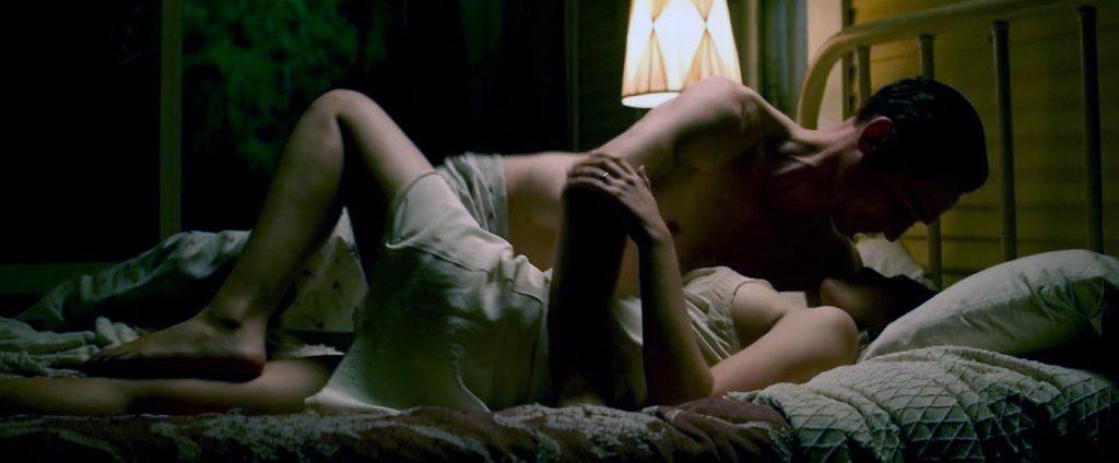 Elizabeth Olsen Nude ULTIMATE COLLECTION [2021] 23
