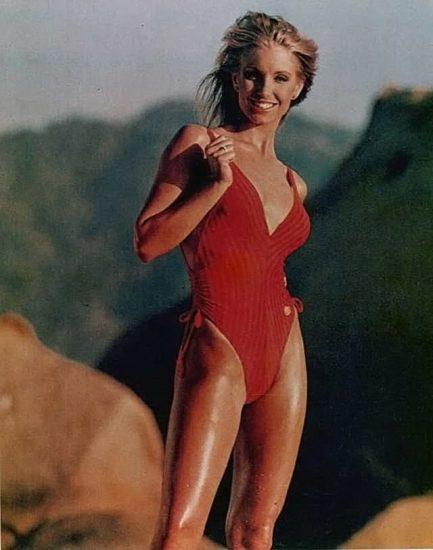 Heather Thomas Nude Pics & Topless Sex Scenes 31