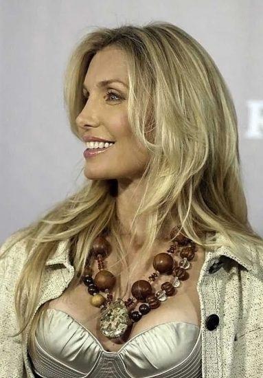 Heather Thomas Nude Pics & Topless Sex Scenes 43