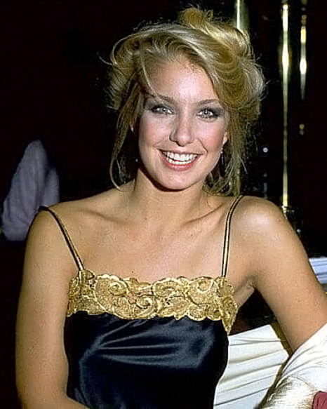 Heather Thomas Nude Pics & Topless Sex Scenes - Scandal Planet
