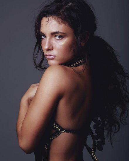 Jade-Chynoweth-bikini-36