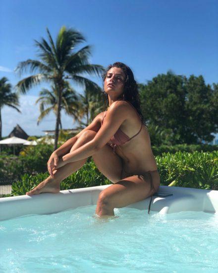 Jade Chynoweth Nudes and Shocking Porn Scandal 75