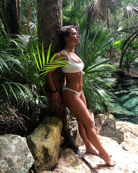 Jade Chynoweth Nudes and Shocking Porn Scandal 205
