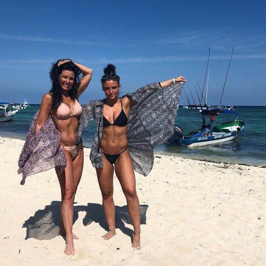 Jade Chynoweth Nudes and Shocking Porn Scandal 117