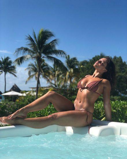 Jade Chynoweth Nudes and Shocking Porn Scandal 82