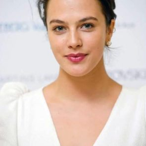 Jessica Brown Findlay Nude Leaked Photos and Porn 77
