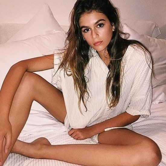 Kaia Gerber Nude LEAKED Pics, Topless on the Runway & Porn 31