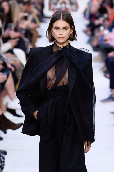 Kaia Gerber Nude LEAKED Pics, Topless on the Runway & Porn 55