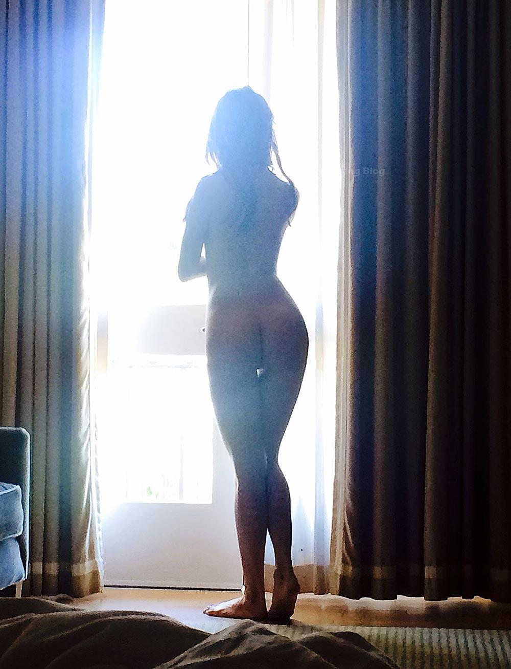Kate Mara Nude in Nasty Sex Scenes 4