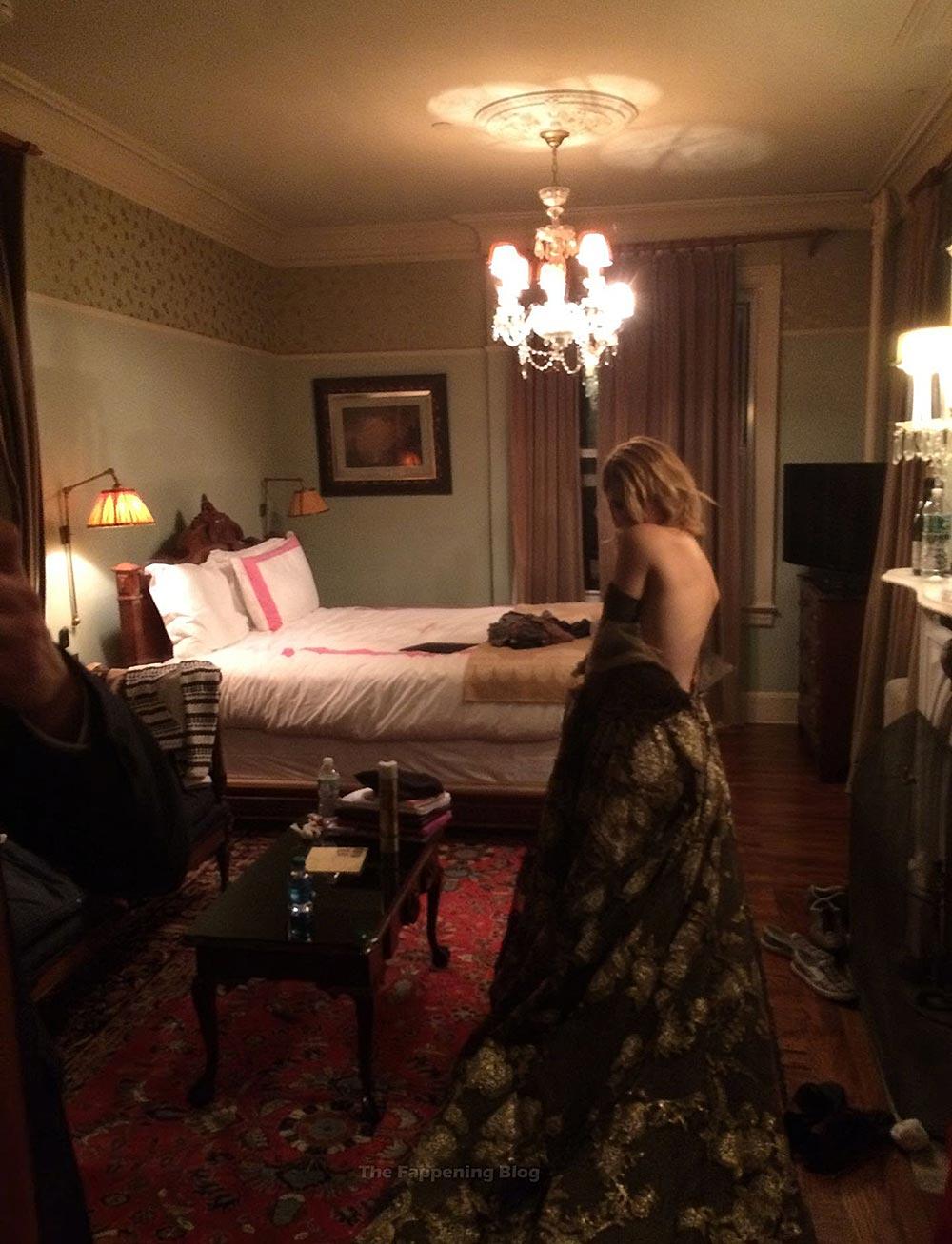 Kate Mara Nude in Nasty Sex Scenes 5