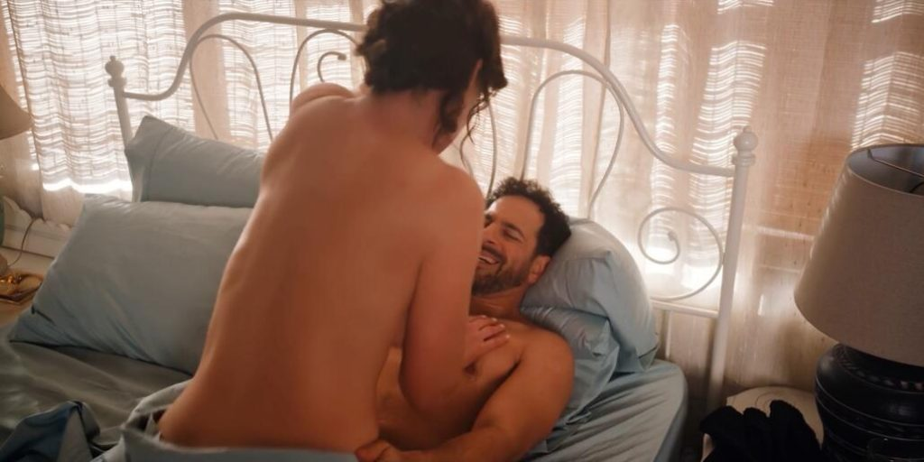 Katherine Heigl & Sarah Chalke sex Firefly Lane - S01E06 1
