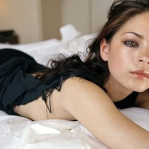 Kristin Kreuk Nude Photos and Porn Video – LEAKED 30