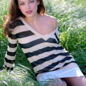 Kristin Kreuk Nude Photos and Porn Video – LEAKED 24