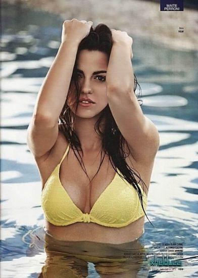 Maite Perroni Nude Sex Scenes & Topless Hot Images 41