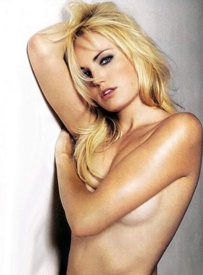 Malin Akerman Nude in Sex Scenes & Topless Pics Collection 43