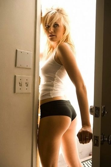 Malin Akerman Nude in Sex Scenes & Topless Pics Collection 83
