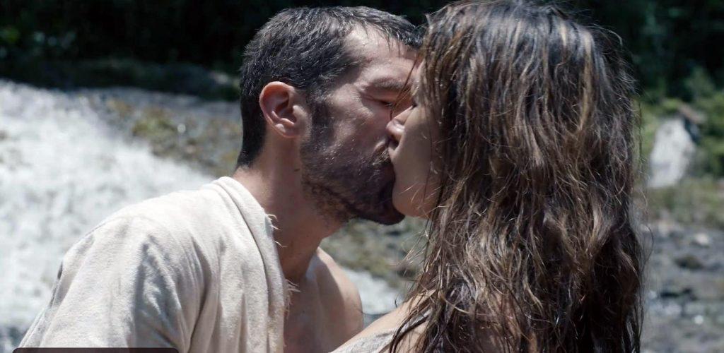 Peta Sergeant Nude and Sex Scenes + Hot Photos 27