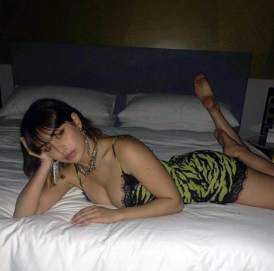Charli XCX Nude Pics, Porn and Hot Photos 77
