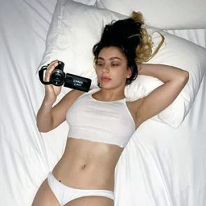 Charli XCX Nude Pics, Porn and Hot Photos 10