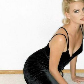 Charlize Theron Nude Photos and Scenes Collection 58