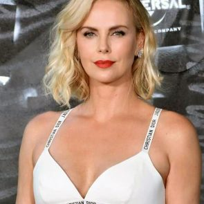 Charlize Theron Nude Photos and Scenes Collection 31