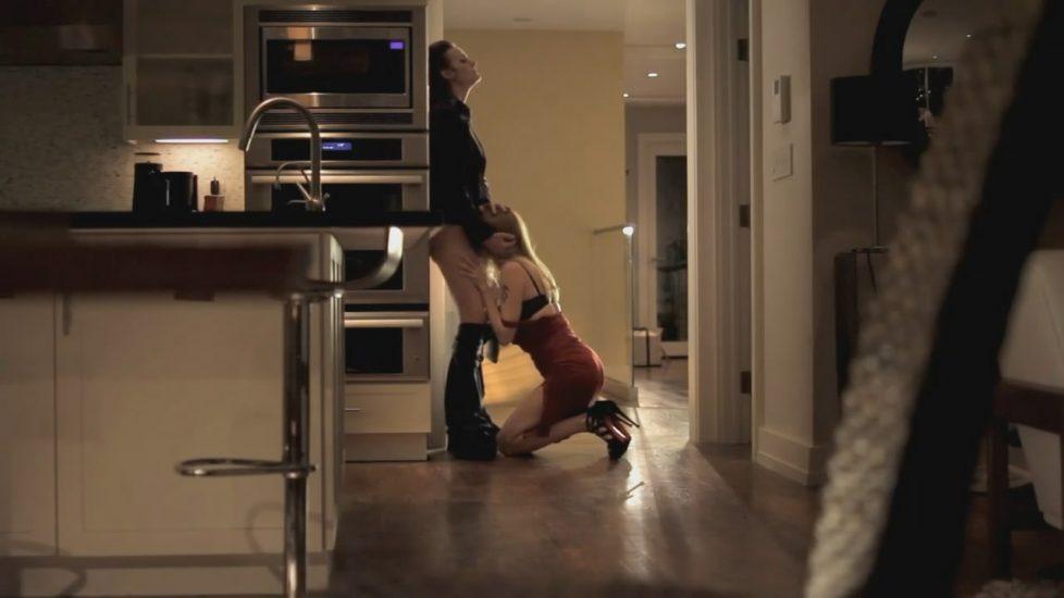 Heather Graham & Diane Farr - About Cherry 1