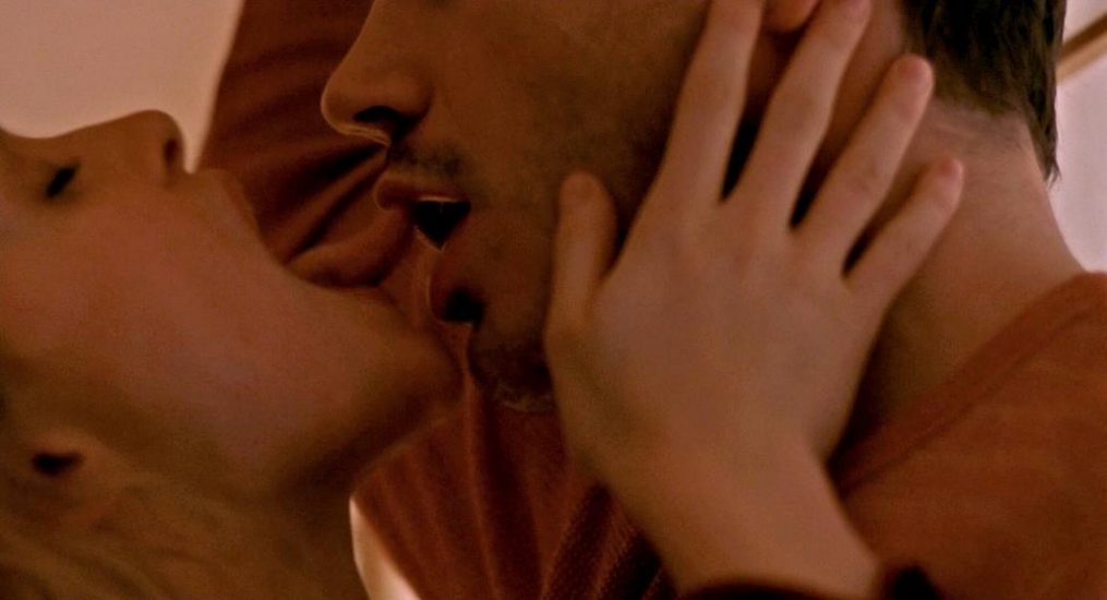 Heather Graham Nude in Explicit Sex Scenes 6