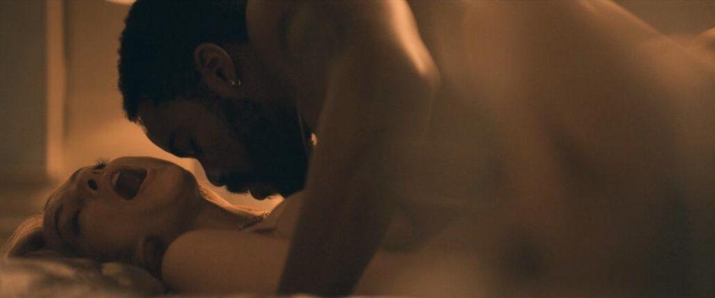 Heather Graham Nude in Explicit Sex Scenes 2