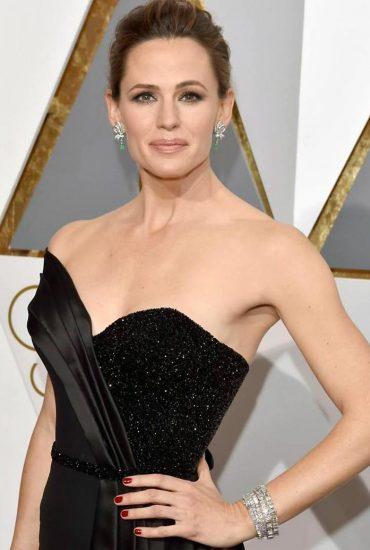 Jennifer Garner Nude Photos, Hot Pics and Scenes 30