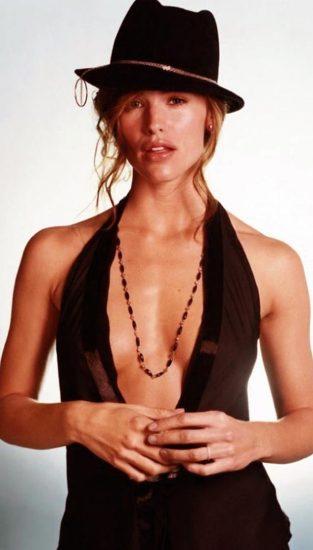 Jennifer Garner Nude Photos, Hot Pics and Scenes 28