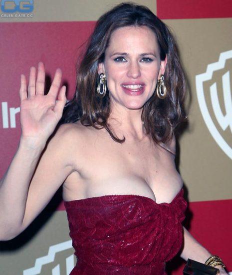 Jennifer Garner Nude Photos, Hot Pics and Scenes 6