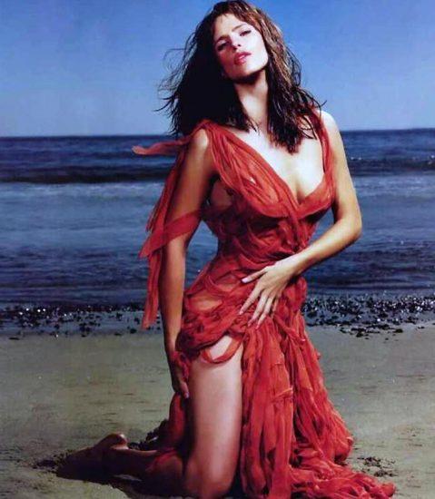 Jennifer Garner Nude Photos, Hot Pics and Scenes 35