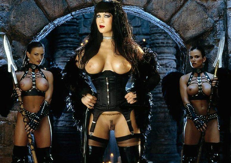 Joanie Laurer AKA WWE Chyna Porn and Nude Photos 13