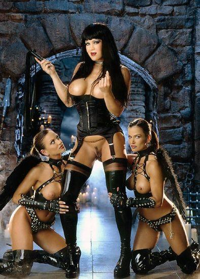 Joanie Laurer AKA WWE Chyna Porn and Nude Photos 16