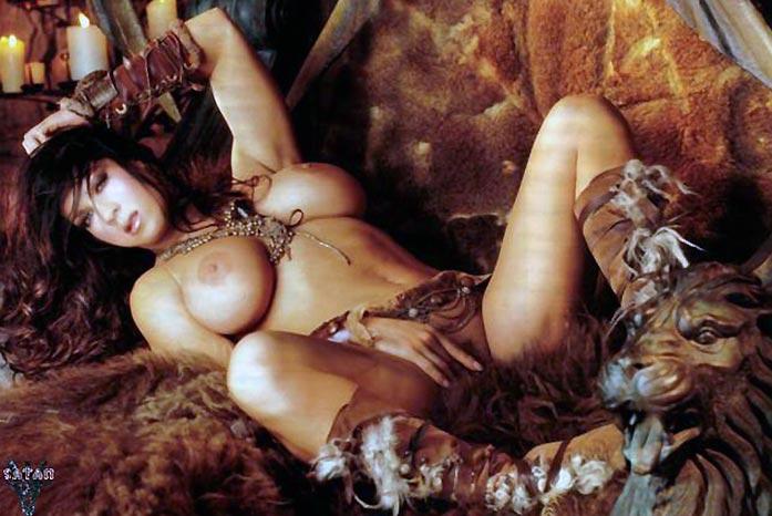 Joanie Laurer AKA WWE Chyna Porn and Nude Photos 23